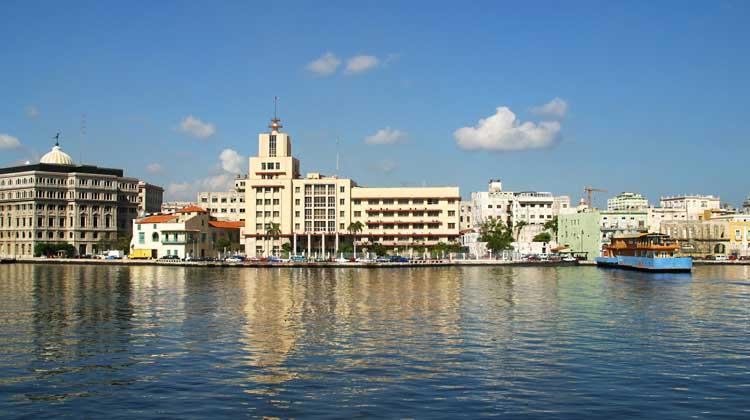 Cruising-to-Cuba-Avenue-del-Puerto-Port-Authority