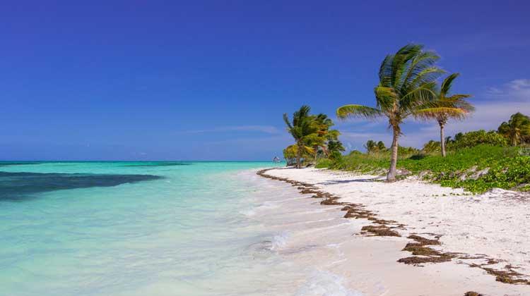 Cruising-to-Cuba-Caribbean-Beach