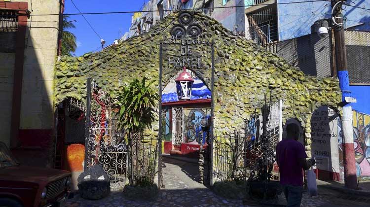Callejon-de-Hamel-Havana-Cuba-Cruise