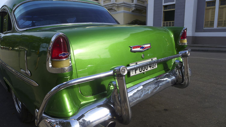Chevy-Bel-Air-Cruising-to-Cuba