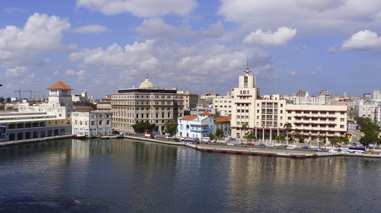 Havana-Harbor-Cruising-to-Cuba