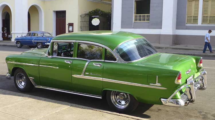 56-Chevy-Bel-Air-Crusing-to-Cuba