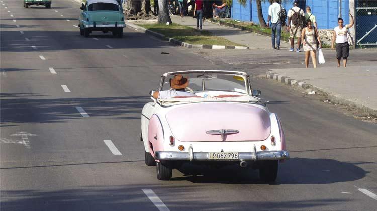 1951 Chevy Convertible Cuba