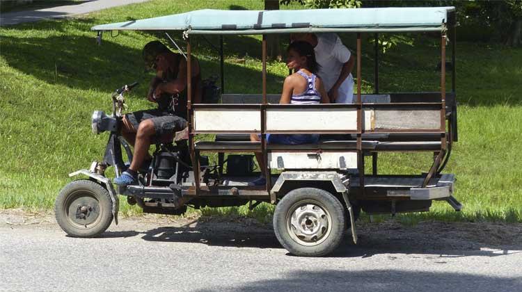 3 Wheel Taxi Cuba Cruise Excursion