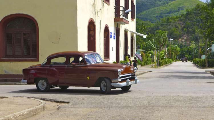 54 Chevy El Cobre Cuba