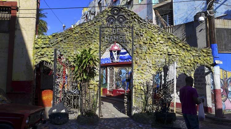 Callejon de Hamel Havana Cuba Cruise Excursion