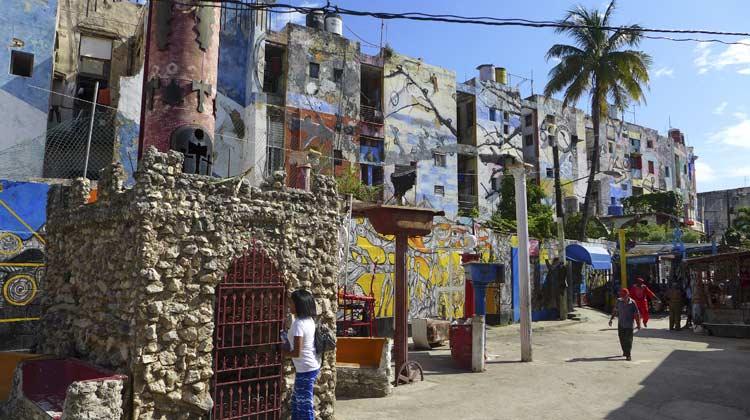 Cruising to Cuba Callejon de Hamel