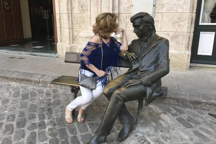 Old Havana Bronze Sculpture Cruise Excursion