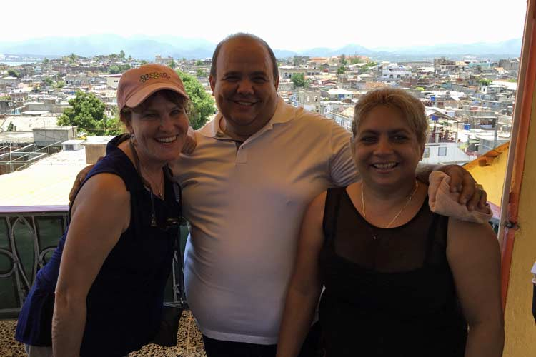 Owners and Cruising to Cuba at Ire a Santiago